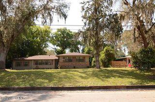 10578 Lake View Rd E, Jacksonville, FL 32225