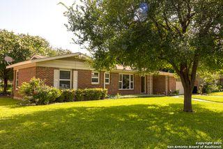 110 Rosemont Dr, San Antonio, TX 78228