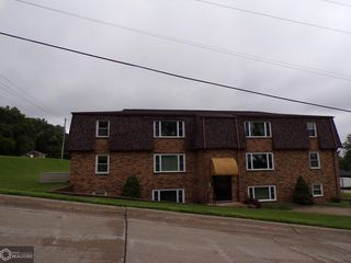 304 35th St #303, Fort Madison, IA 52627