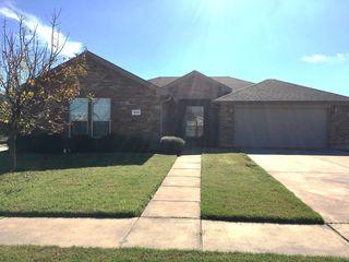 1014 James Donald Ln, Glenn Heights, TX 75154