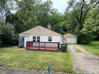 1009 Stolz Ave, Dayton, OH 45417