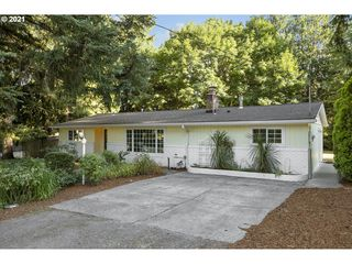 8865 SW 82nd Ave, Portland, OR 97223