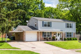 5929 Lancer Ct, Huber Heights, OH 45424