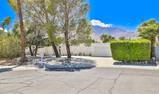 811 E Grace Cir, Palm Springs, CA 92262