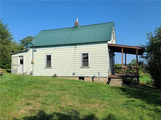 22581 State Route 79, Warsaw, OH 43844