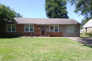 709 N Roselawn Dr, West Memphis, AR 72301