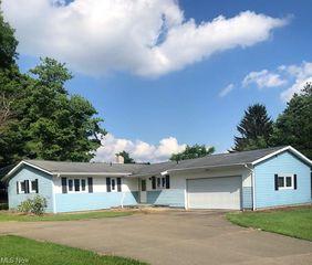 2803 W 130th St, Hinckley, OH 44233
