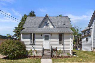 411 Jefferson St, Mukwonago, WI 53149