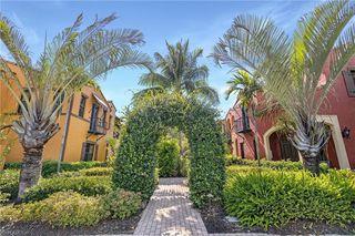 8949 Malibu St #302, Naples, FL 34113