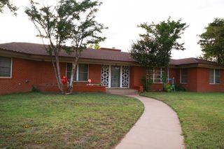 400 W School St, Stanton, TX 79782
