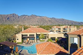 3750 E Via Palomita, Tucson, AZ 85718