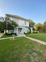 2206 Park St, Greenville, TX 75401