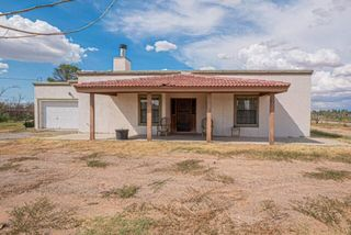 604 Paseo Real Dr, Chaparral, NM 88081