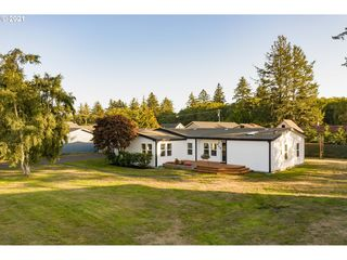 648 Pacific Dr, Hammond, OR 97121
