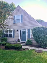 758 Heath Ln #45-0, Streetsboro, OH 44241