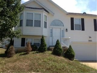 2487 Waterfront Dr, Imperial, MO 63052