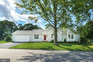 114 S Shaffer Dr, New Freedom, PA 17349