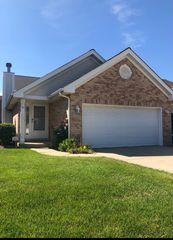 11436 Foxwoods Dr, Oak Lawn, IL 60453