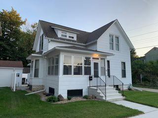 112 W 10th St, Cedar Falls, IA 50613