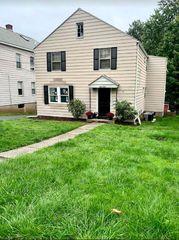 480 S Quaker Ln, West Hartford, CT 06110