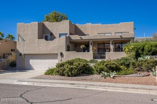 3809 Yellowstone Dr, Las Cruces, NM 88011