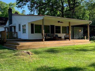 4206 Doral Rd SW, Carrollton, OH 44615