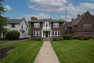 332 19th St NW, Canton, OH 44709