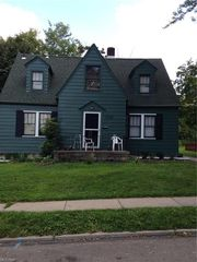 3735 Elbertus Ave, Youngstown, OH 44507