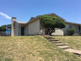 8831 Sandcastle Ct, Fort Worth, TX 76179