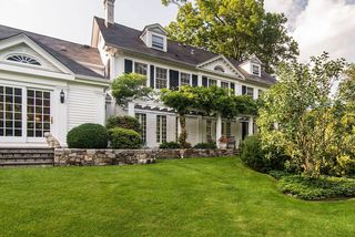 128 Todd Ln, Briarcliff Manor, NY 10510