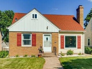 5715 22nd Ave S, Minneapolis, MN 55417