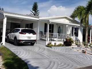 3923 Golf Cart Dr #281, North Fort Myers, FL 33917