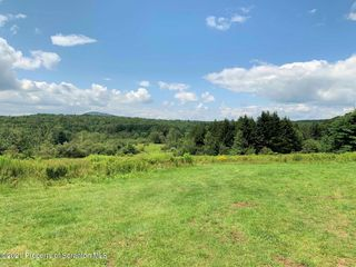 14890 State Route 374, Union Dale, PA 18470