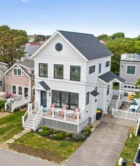 48 Bayview Ave, Scarborough, ME 04074