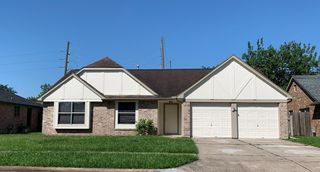 11983 Steamboat Springs Dr, Houston, TX 77067