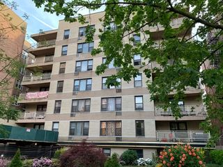 65-50 Wetherole St #4, Rego Park, NY 11374