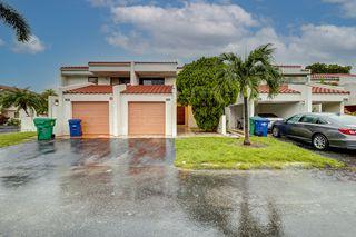 6566 Racquet Club Dr, Lauderhill, FL 33319