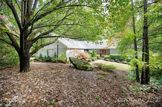 45 Pentland Hills Dr, Asheville, NC 28806