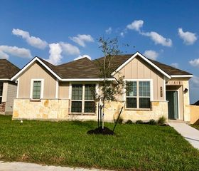 2021 Viva Rd, Bryan, TX 77807