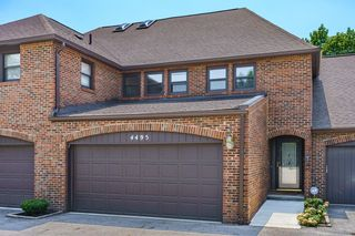 4495 Carriage Hill Ln, Columbus, OH 43220