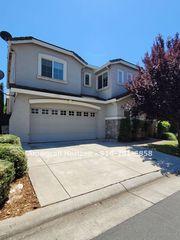 1481 Black Bear St, Roseville, CA 95747