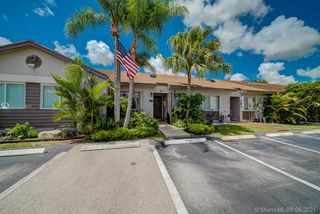 2722 SW 55th St, Fort Lauderdale, FL 33312