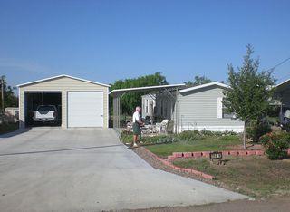 114 Mesquite St, Zapata, TX 78076