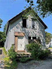 438 Carlton St, Buffalo, NY 14211