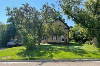 11 W 1st Ave, Webster, SD 57274
