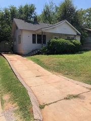 704 NW Eubanks St, Oklahoma City, OK 73118