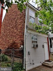 337 2nd St, Trenton, NJ 08611