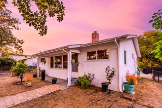1102 San Andres St, Santa Barbara, CA 93101