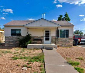928 La Luz Dr NW, Albuquerque, NM 87107