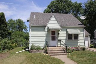 1437 Forest Ave, Waterloo, IA 50702